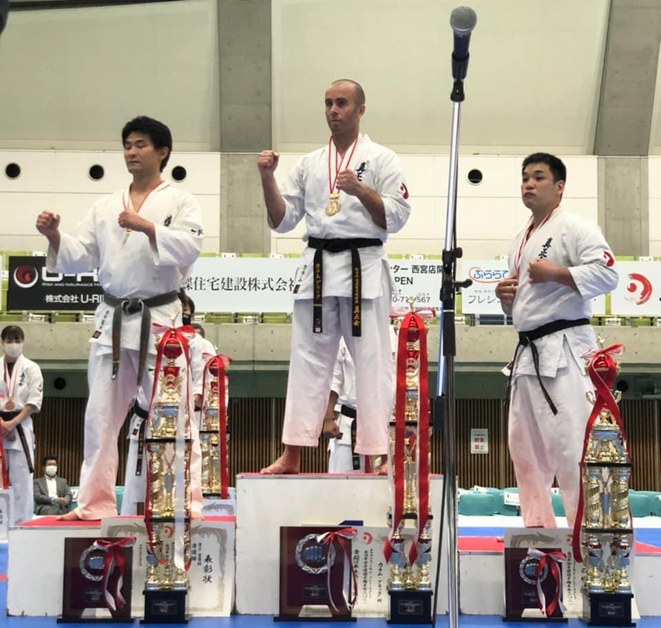 画像:第4回全日本大会表彰台